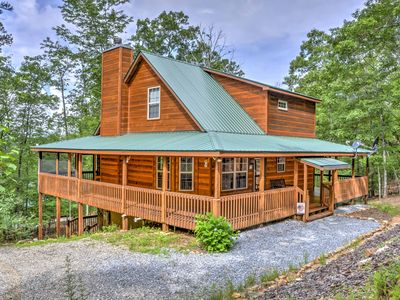 Photo for 3BR Cabin Vacation Rental in Blairsville, Georgia