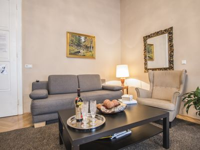 Photo for 60m² classic apartment for 2-4 people in the inner city