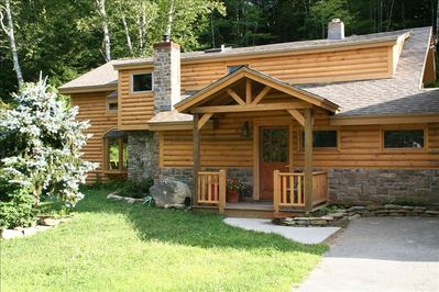 Luxurious Vermont Log Cabin Gourmet Kitchen Open Airy Great Family Space Jamaica