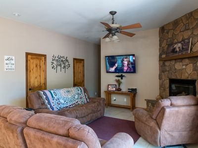 Photo for Gorgeous getaway in the Ponderosa pines ,Elephant Rocks Golf Course Community