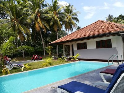 4BR Villa - Private House with a Pool