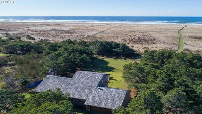 Photo for Private, updated, beachfront retreat 10 min from Seaside & Astoria