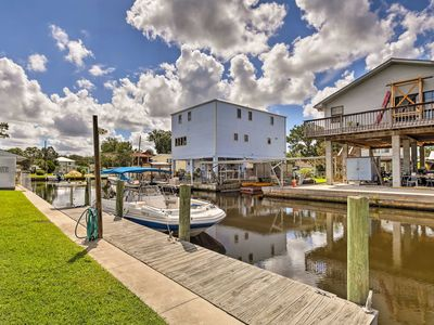 Photo for NEW! Waterfront Homosassa Home w/Patio & Dock!