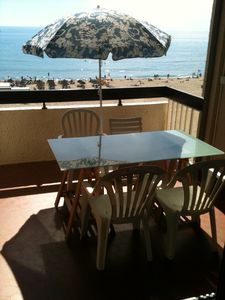 Photo for Canet-plage, T2, sea side, 40M2 + terrace 8M2, secure covered parking, wifi.