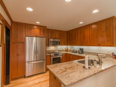 Photo for Deluxe Tahoe Tavern 3 Bed/2 Bath Condo