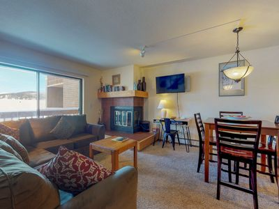 Photo for NEW LISTING! Cozy condo w/shared pool/hot tub & private balcony/jetted tub