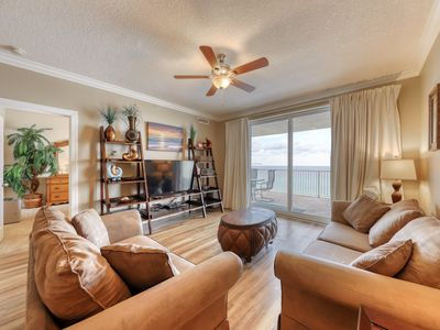 Photo for Oceanfront condo w/shared pool & hot tub - easy beach access & sweeping views!