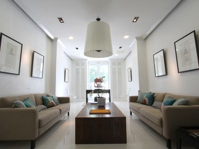 Photo for 4 Bedroom Luxury Home in City Center