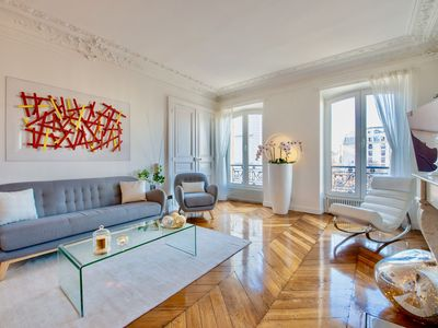 Photo for Very nice Haussmanian and contemporary apartment in the center of Paris