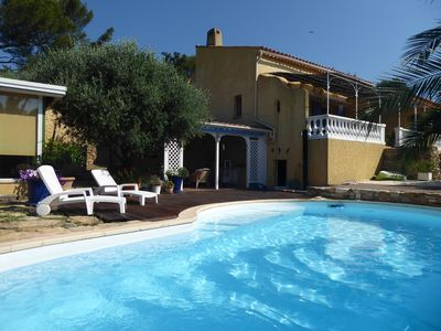 Photo for Provencal villa between sea, pool and hills