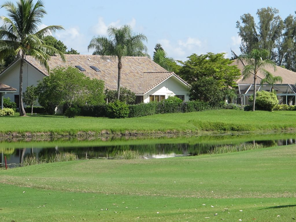 PGA National in Preston, with private pool and golf and pondview ...