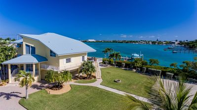 Photo for Luxurious Fanta-sea 3bed/3bath Luxury in Duck Key  This Beautiful 3 bedroom 3 baths located on Tom's