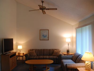 Photo for White Mountains Family Resort Condo Minutes To Skiing Hiking Shopping Storyland