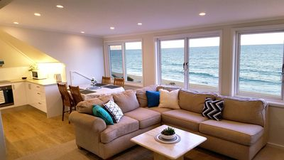 Photo for Beachfront apartment boasting 180° views of Narrabeen beach (A11)