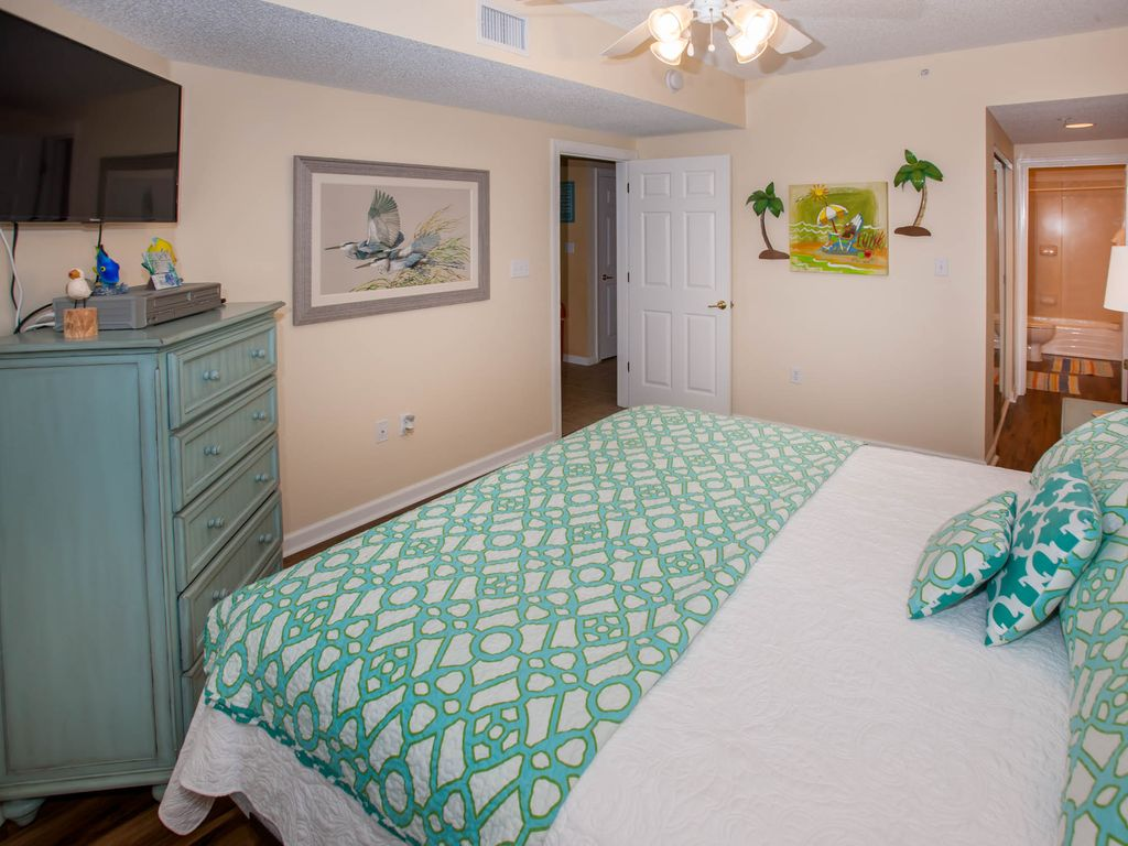Pet Friendly Gulf Front 2 Bedroom 2 Bath Condo In Orange Beach Comfy Clean Orange Beach