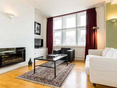 Photo for Classical 2 bed 2 bath Islington apartment