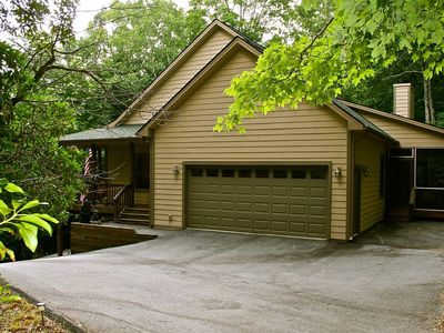 """Photo for Connestee Falls """"Woodland Villa"""" 4/3 Upscale Gated Golf/Lake Resort Mountain Home - 2 King BR"""