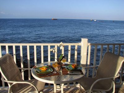 Photo for Absolute Oceanfront Kona Condo-Walk 2 Town & Beach-AC-Pool-Elevator Big lanai