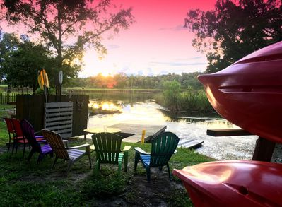 Kayaks for guest use. Relax riverside to watch amazing sunsets.