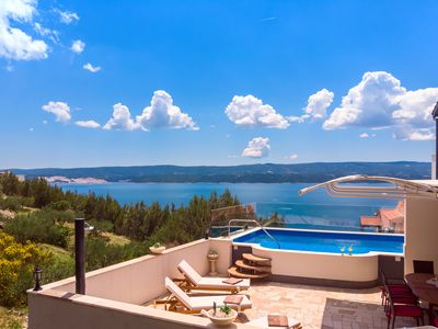 Photo for LAST MINUTE  DISCOUNT!! Perfect sea view apartment with private and heated pool!