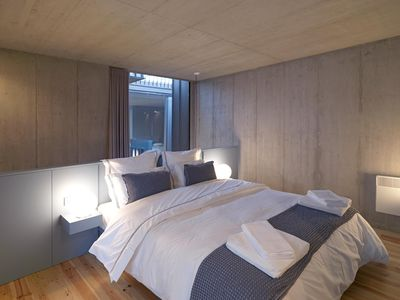 Photo for Breiner Panorama VII apartment in Cedofeita with WiFi & shared terrace.