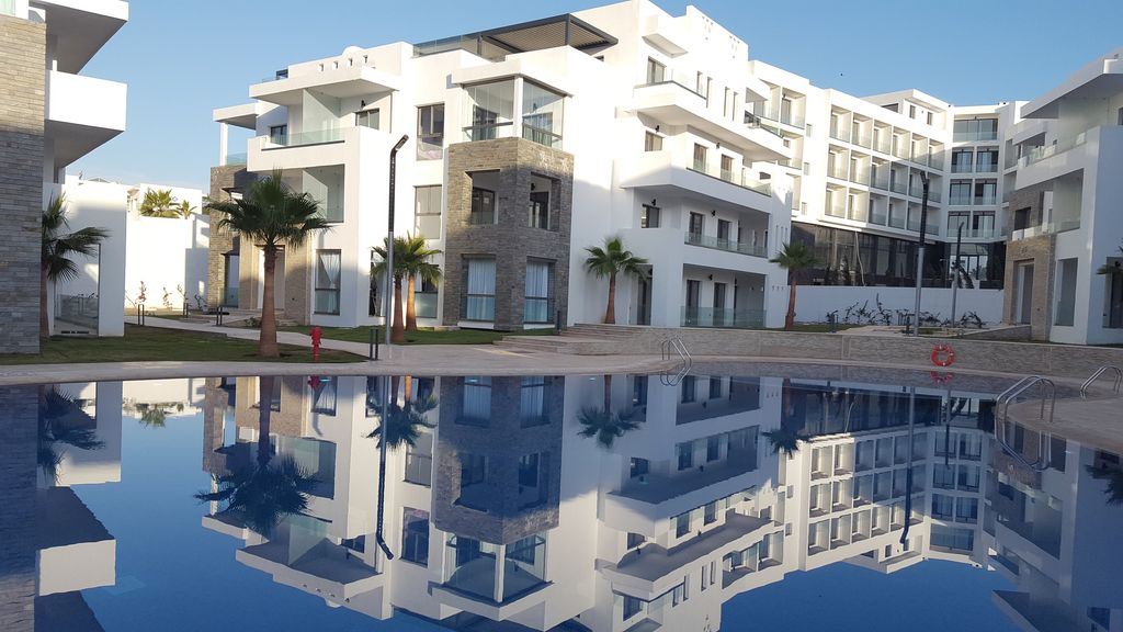 2 bedroom apartment and living room, 80 square meters