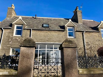Photo for Charming Townhouse On North Coast 500 Route, Wick