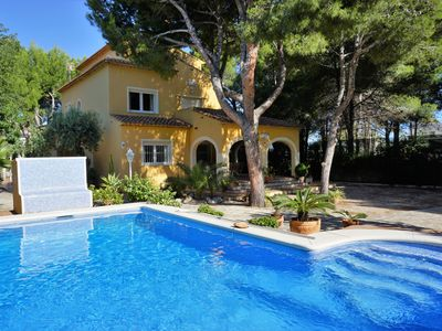 Photo for Amazing villa for 8 pers. with private pool at only a few steps from the sea