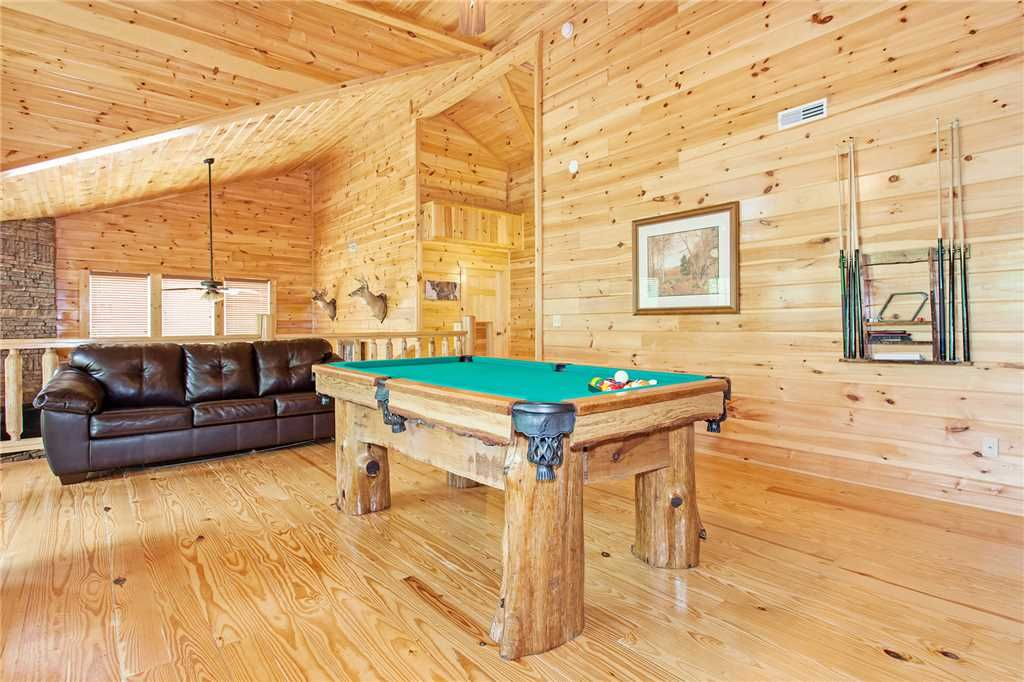 Private Indoor Pool Theatre Room 5 Bedroom Cabin Between Pigeon Forge And G