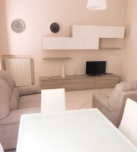 Photo for Nice apartment located in the historic center of Desenzano