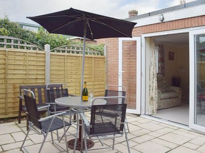 Photo for 1 bedroom property in Ryde and Seaview. Pet friendly.
