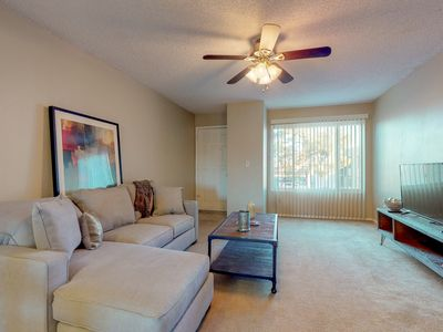 Photo for NEW LISTING! NEW LISTING! Comfortable condo w/shared pool, private washer/dryer!