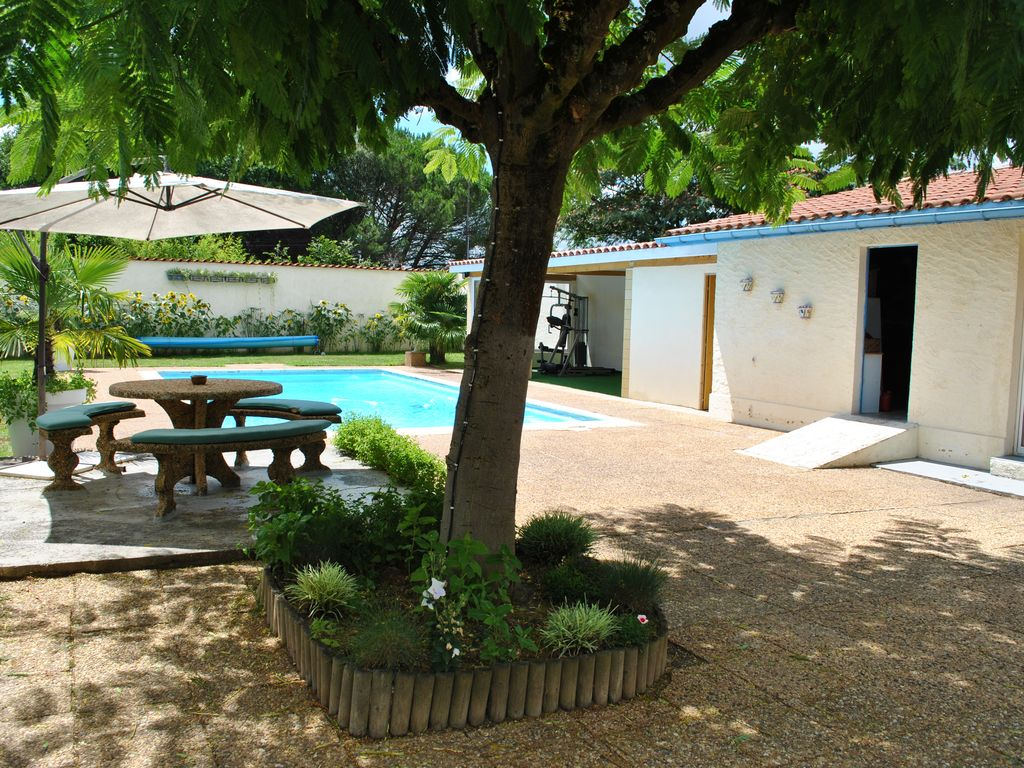 Property Image#3 House In Dordogne Ideal For Families With Swimming Pool