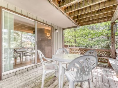 Photo for Cozy condo located at base of Sugar Mountain w/forest views, close to slopes!