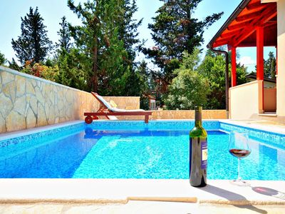 Photo for Family friendly villa with swimming pool 3 minutes from sea&center•transfer