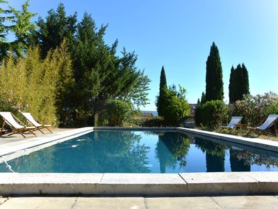 Photo for Charming studio with pool 10 minutes from the center of Aix en Provence