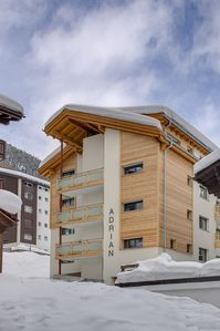 Photo for Luxury two bedroom apartment with mountain views.