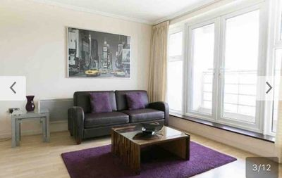 Photo for Luxury Apartment with Gym Sauna 24 Concierge Woking , 23 minutes to Waterloo