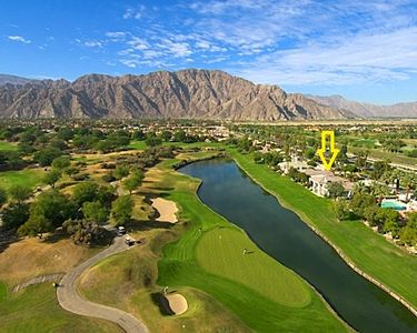 Aerial view of Stadium Course showing your fabulous location.