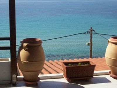 Photo for Apartment comfortable with amazing seaview next to the sea