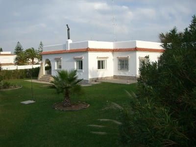 Photo for Spacious, well-furnished villa directly by the sea