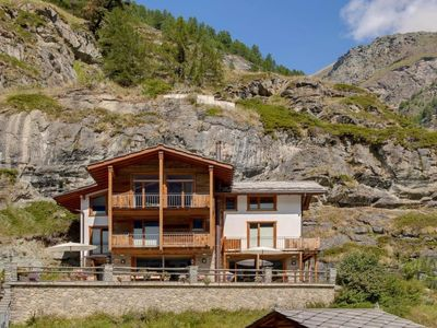 Photo for Vacation home Chalet Ibron in Zermatt - 8 persons, 4 bedrooms