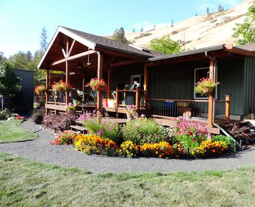 Photo for Grande Ronde Vacation Rental