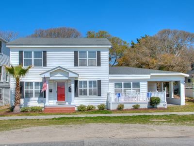 Photo for Historic Corlette House with Cape Fear River just outside your front door!