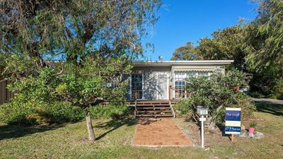 Photo for The Croft, 11 Boulder Bay Rd - Cosy Beach House with Aircon & only 270m to the Beach