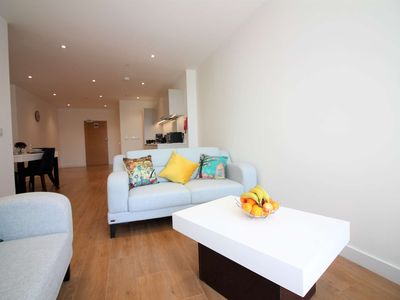Photo for 1BR Apartment Vacation Rental in Bracknell, Berkshire