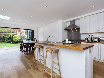 Photo for UP TO 20% OFF - A sleek and modern 5 bed family home in leafy Wimbledon  (Veeve)