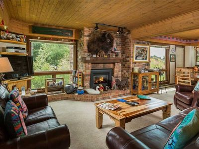 Photo for Beautiful Summer Mountain Condo, Onsite Fire Pit & Hot Tubs