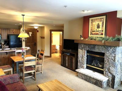 Photo for (JULY SALE!) Beautiful Mountain Thunder Ski-In/Gondola-Out 1BR/1BA, Walk To Town