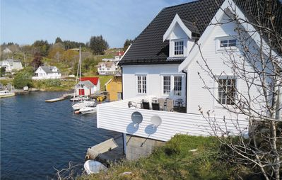 Photo for 4BR Apartment Vacation Rental in Steinsland